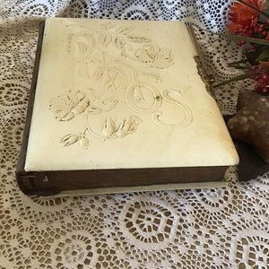 Antique Victorian Era Photo Album Empty